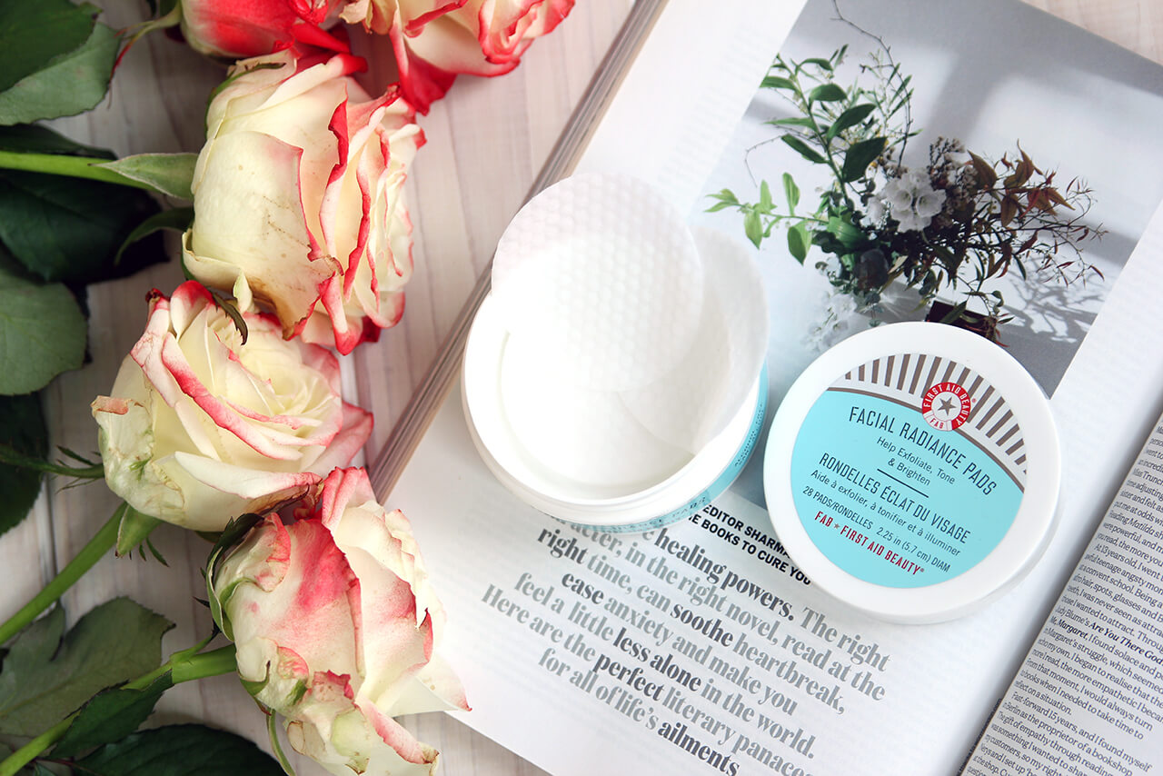 First Aid Beauty Facial Radiance Pads обзор