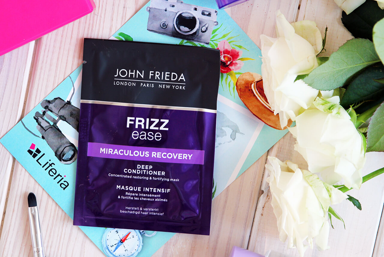 Восстанавливающая маска для волос John Frieda Frizz Ease Miraculous Recovery